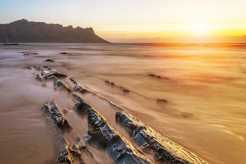 Impact Visuals | Seascape Photography by Arthur Peuckert | South Africa